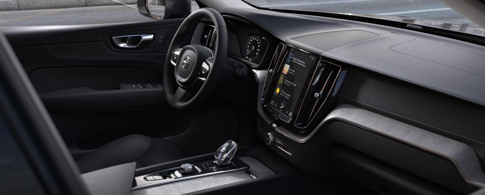 Der Innenraum im Volvo XC 60 B5 AWD mehr im Erfahrungsbericht Bildquelle: Volvo.de