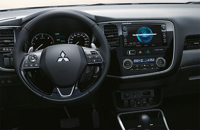 Erfahrungen zum Mitsubishi Outlander Bild vom Cockpit im neuen Outlander Bildquelle: mitsubishi-motors.de