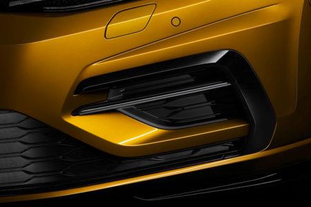 Die neue Frontschürze des neuen Golf7 Facelift 2017 Stoßfänger Spoiler Bildquelle: Volkswagen AG