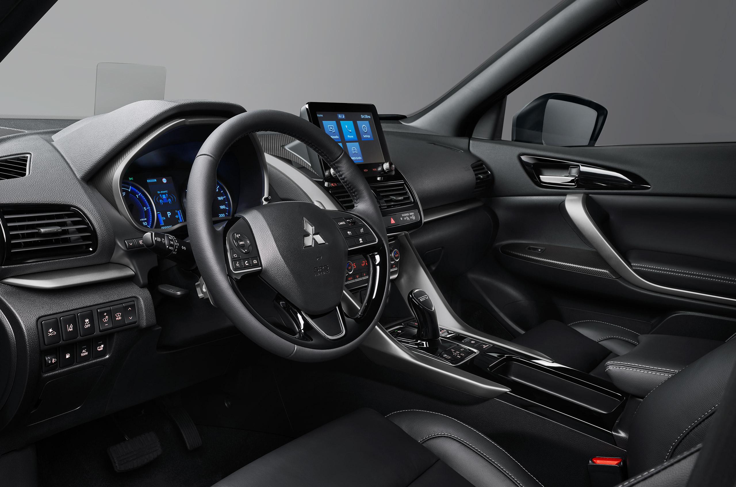 Innenraum im Mitsubishi Eclipse Cross Plugin Bildquelle: mitsubishi-motors.de