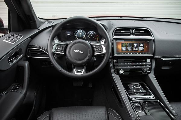 Innenraum Jaguar F Pace Test Bildquelle: Jaguar Pressebereich