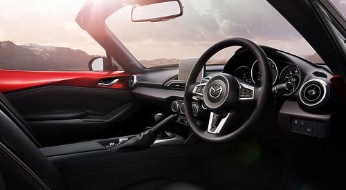 Mazda MX 5 Test Blick ins Cockpit des neuen Mazda MX5 Bildquelle: Mazda.de