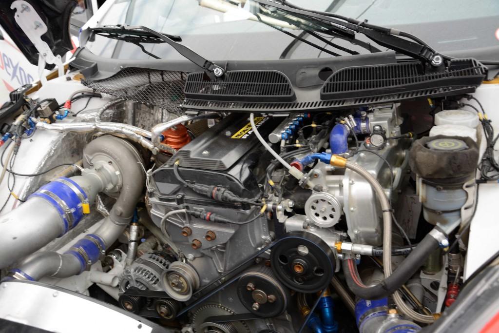 Motorsport-Garage-2
