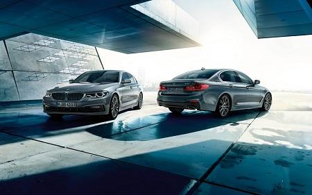 Neuer BMW 5er 2016 als Limousine Blick von der Seite Ansicht Front und Heck des neuen 5er BMW Bildquelle: bmw.de