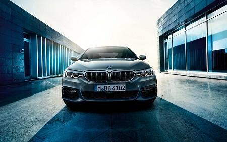 BMW 5er 2016 stellt sich vor