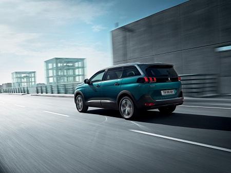 Peugeot 5008 Erfahrungsbericht Bild vom Heck des neuen 5008 Bildquelle: Peugeot.de