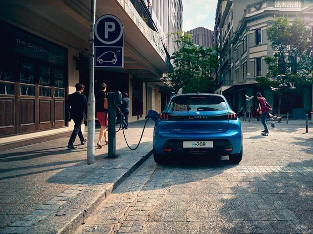 Peugeot e-208 Fakten Heckansicht Bildquelle: Peugeot.de