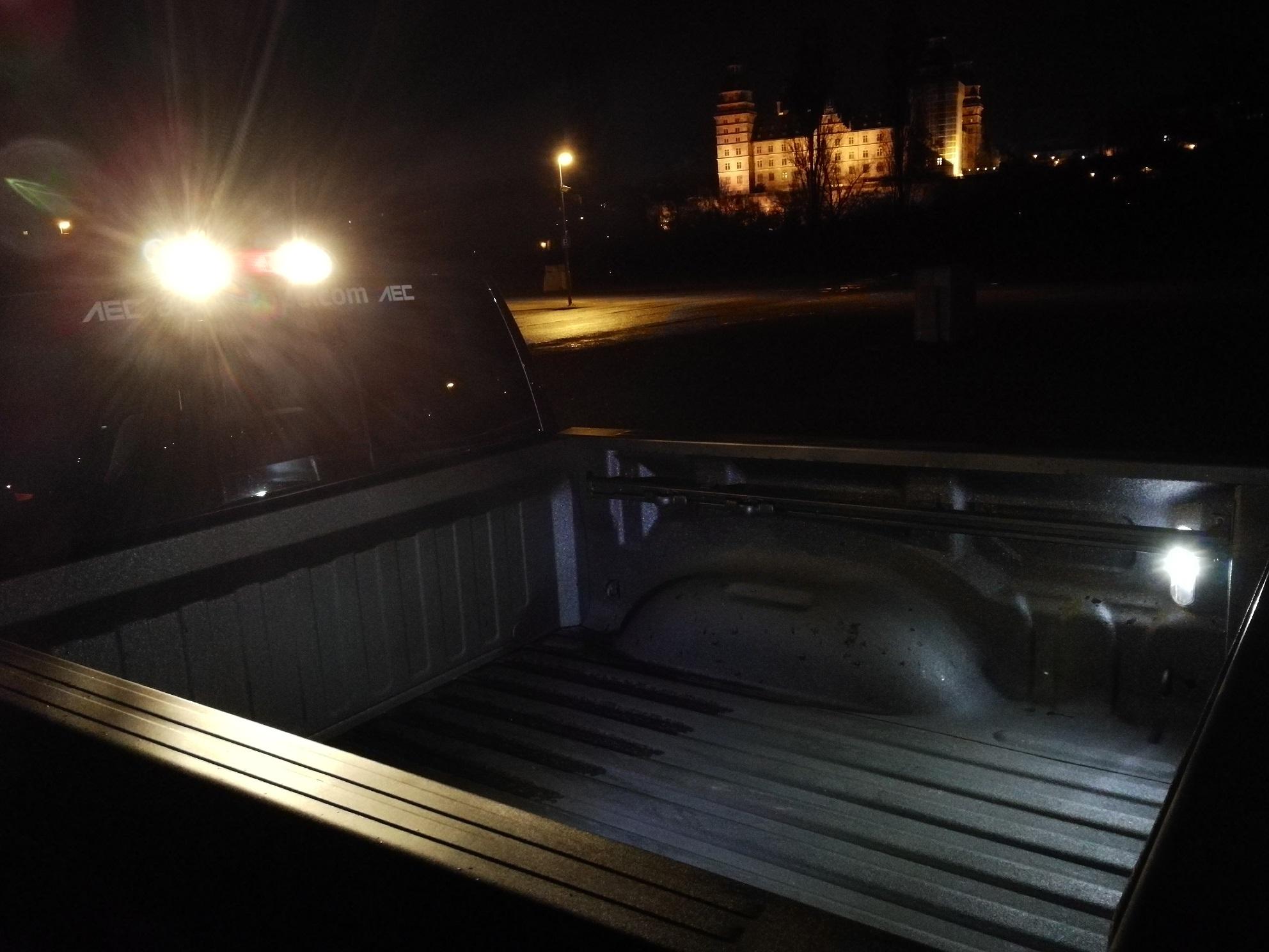 RAM 1500 2019 Ladeflächenbeleuchtung