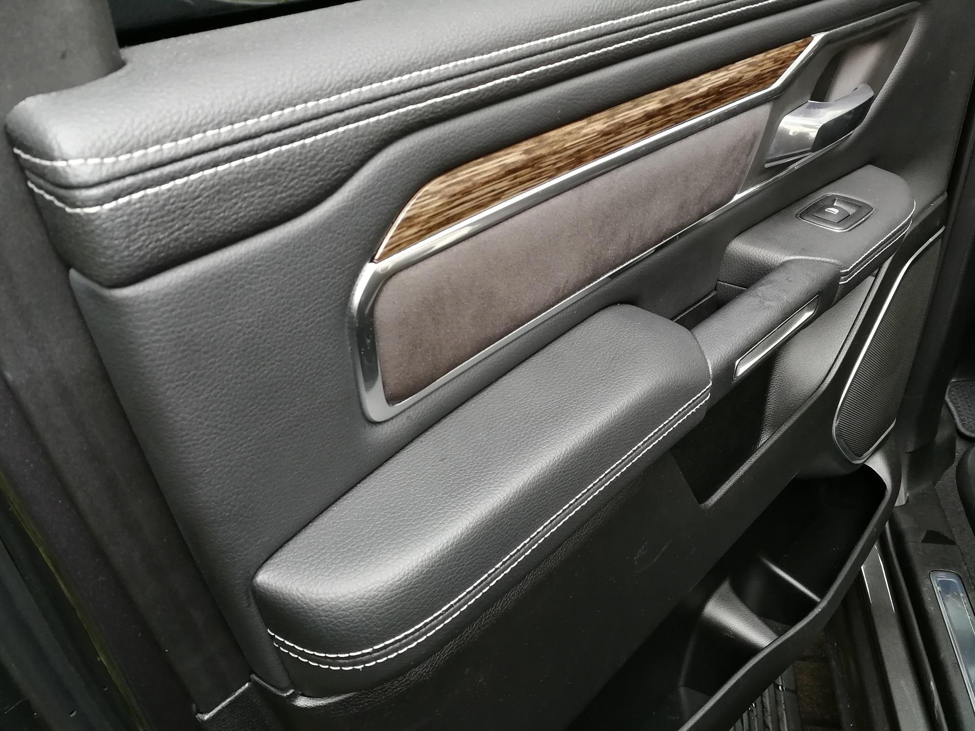 RAM 1500 2019 Türverkleidung