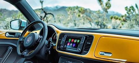 VW Beetle Erfahrungsbericht Bild vom Cockpit des VW Beetle Bildquelle: Volkswagen AG