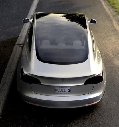 Tesla Model 3 Heck
